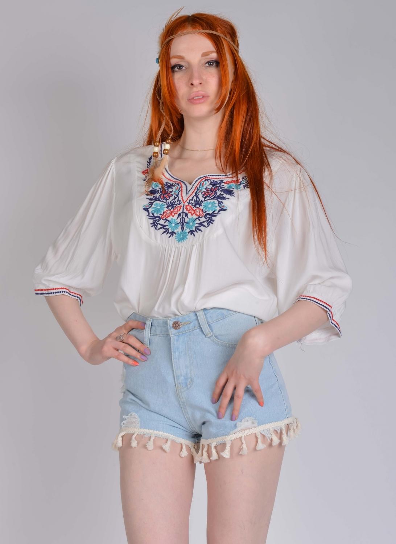 Блузка-туника с вышивкой 68